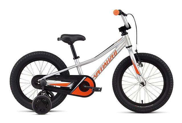 Otroško kolo s pomožnimi kolesci