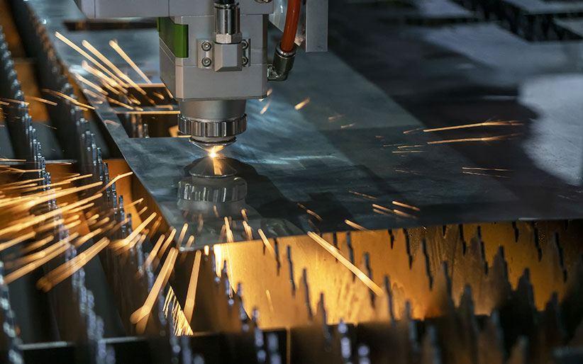 Kaj morate vedeti o laserskem razrezu?