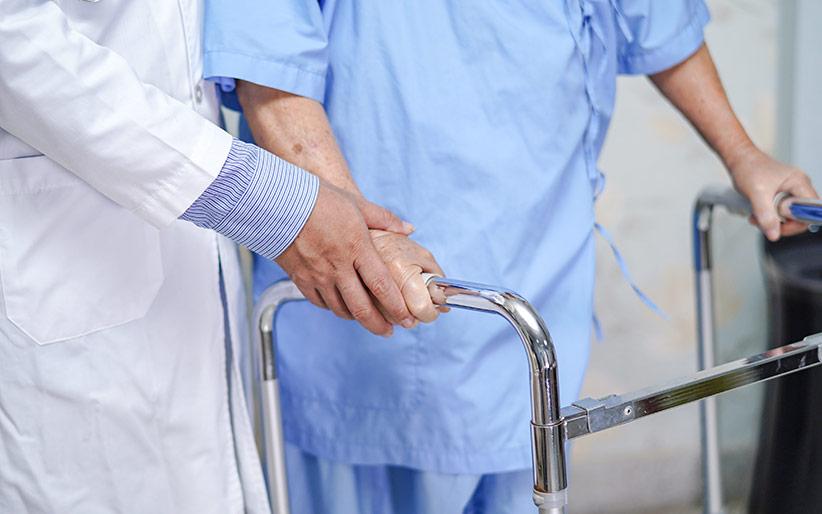 Medicinski pripomočki za dostojno staranje
